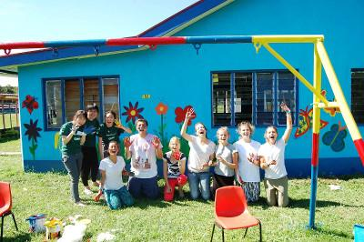Volunteer group in Fiji