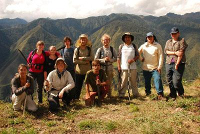 Volunteer group in Peru