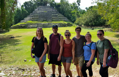 Volunteers sightseeing in Belize
