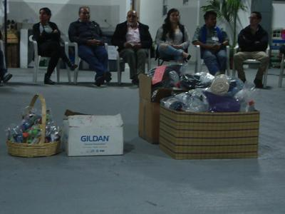 Christmas gifts given to migrants and volunteers