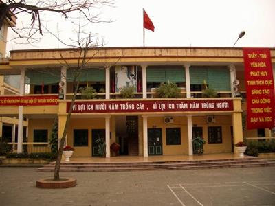 Volunteer school in Vietnam