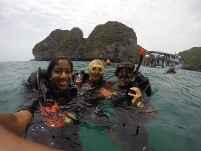 A group of volunteers snorkelling in Thailand
