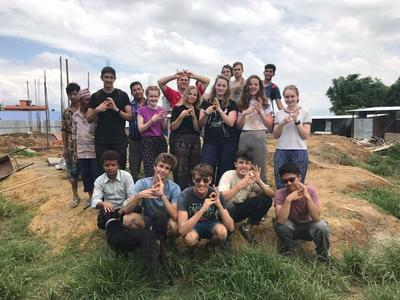 A group of Building volunteers in Nepal