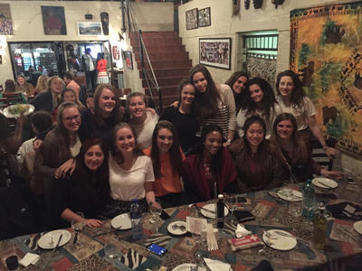 Care & Community volunteers out for dinner in Cape Town