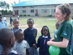 Volunteering with children in Kenya