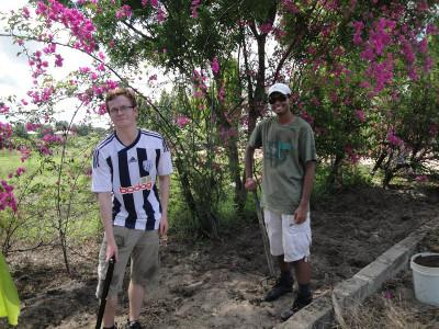 Volunteer at a Dirty Day in Tanzania