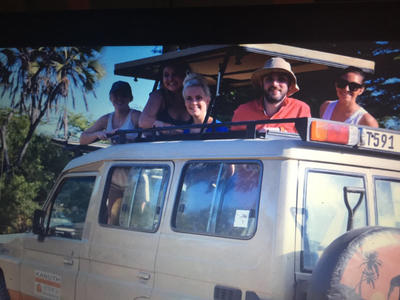 Volunteers go on safari in Tanzania