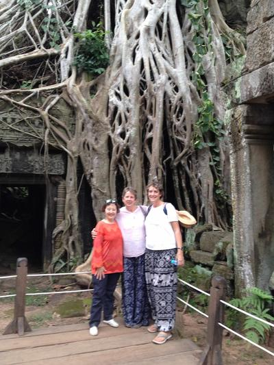 Judith with the other volunteers visiting the Angkor Wat temples