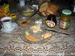 Host family breakfast