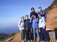 Climbing worlds end in nuwara eliya with other volunteers