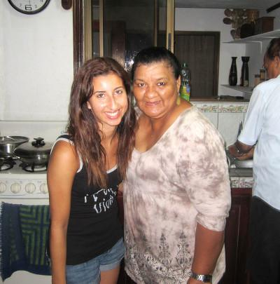 Volunteer with her host mother in Costa Rica