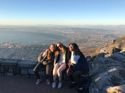 Volunteers on Table Mountain