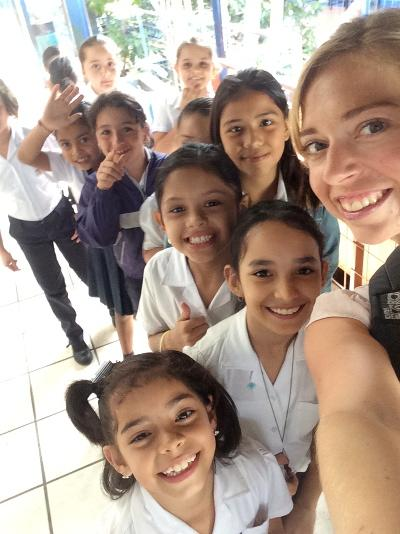 Smiling children in Heredia