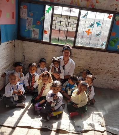 Sharon with the children in Nepal
