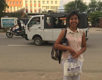 Volunteer exploring Nepal