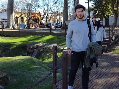 A volunteer sightseeing in Argentina