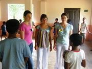 Jeux avec les enfants - Mission humanitaire Sri Lanka