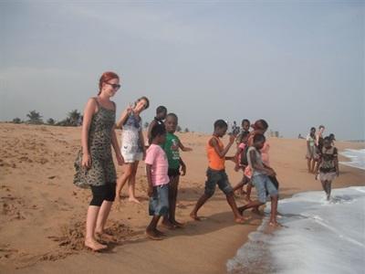 Sur les plages au Togo  sortie sociale