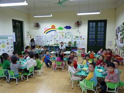 Aider dans une maternelle au Vietnam