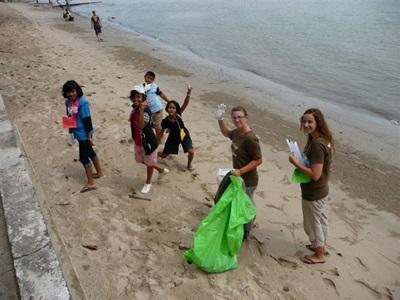 Activité de nettoyage des plages