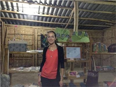 Hélène en mission artisanat au Vietnam