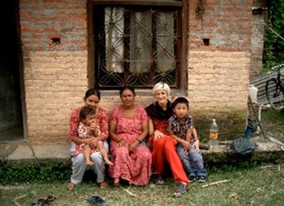 Ines et sa famille d'accueil