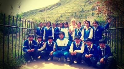 Aider dans les écoles péruviennes