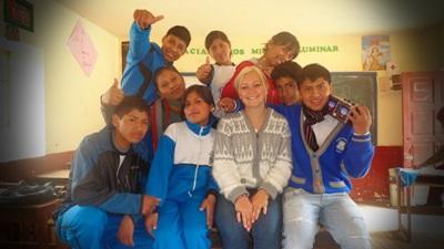 Ingrid en mission en école à Pisac, Pérou