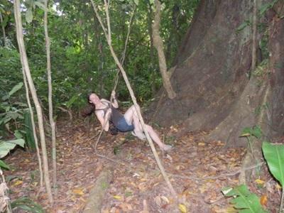 Isia dans la forêt amazonienne