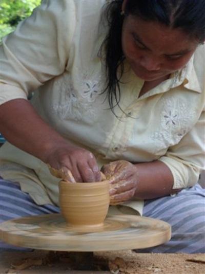 Poterie - Culture et communauté au Cambodge