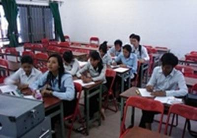 Enseignement en Cambodge Laurent Duvergé