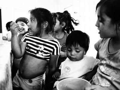 Aide sociale à l'enfance à l'étranger