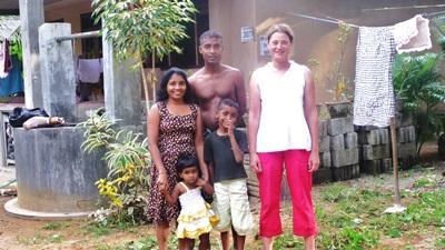 Inoka, Bimal, Rusiru et Tamuli, avec Lucile