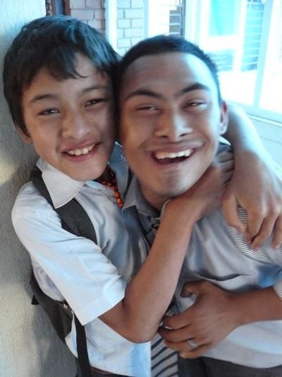 Deux élèves de l_'école
