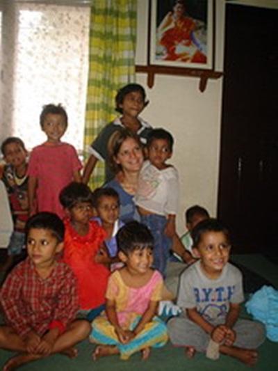 Marie Gudin, Népal. Avec les enfants