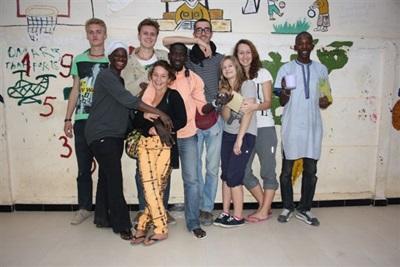 Groupe de bénévoles à Saint-Louis, Sénégal