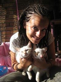 Natalie sur une mission soins animaliers en Afrique du Sud