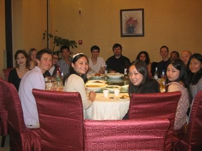 Volontaires et équipe locale en Chine