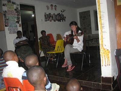 Shireen em mission humanitaire en Tanzanie
