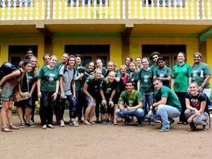 Grupo Voluntarios odontología Sri Lanka