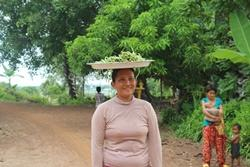 Mujer de Camboya Projects Abroad