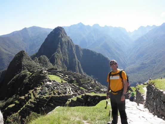 Voluntario de Projects Abroad en Machu Pichu – Perú