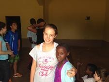 Agata Wardejn podczas Wolontariatu sportowego na Jamajce z Projects Abroad